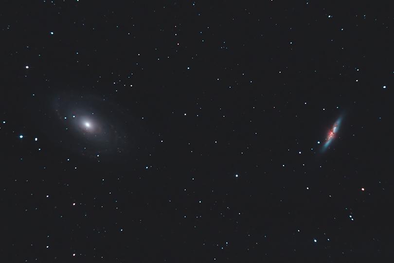 Moisson de Galaxies en milieu hostile M81M82KiteGuy0203Avril2012V540p